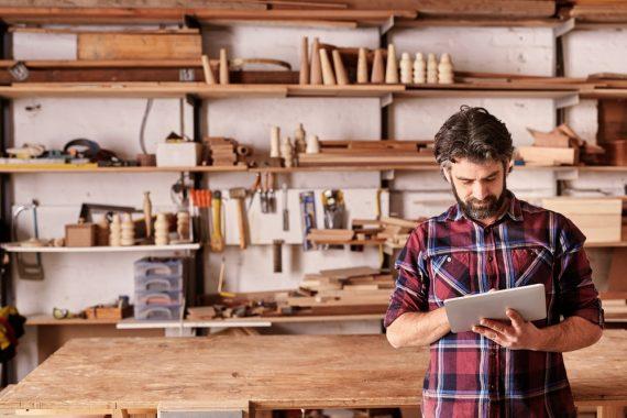 Les 3 bonnes raisons de comparer les fournisseurs d'électricité pour un artisan